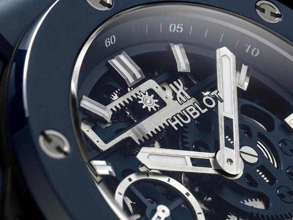 Hublot BIG BANG MECA-10 Blue Ceramic-close up