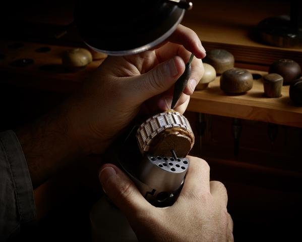 Wagner_Big Bang Integral Tourbillon High Jewellery